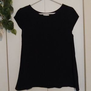 Black lined top